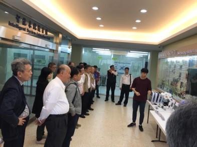 2019年4月林口工業區中數家廠商之總經理組成的參訪團,蒞臨龍華科大進行交流
